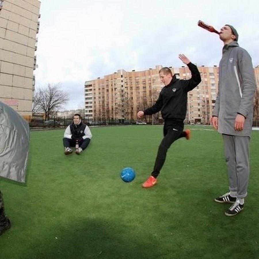 Футбольный мяч в жопе 22 фотография