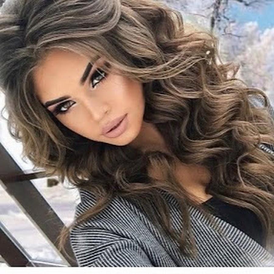 Красивые девушки с чёрными волосами 14 фотография