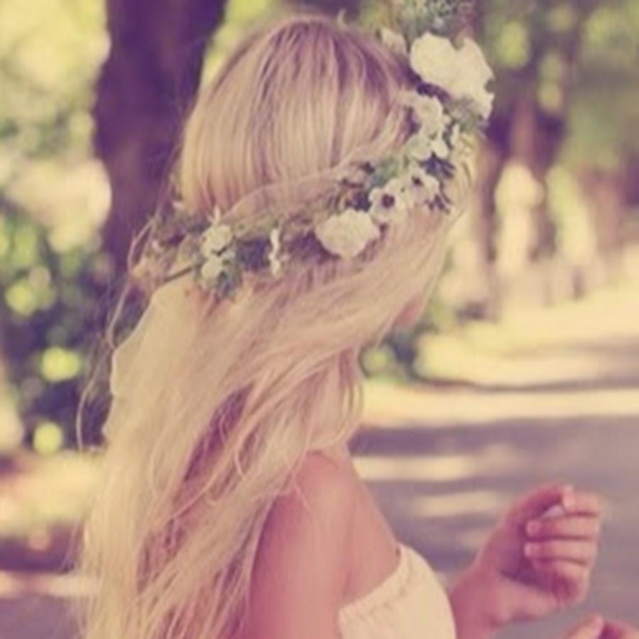 Фото на аву в вк для девушек со спины блондинки