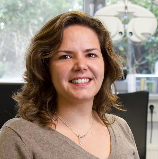Dr. Daniela Oehring