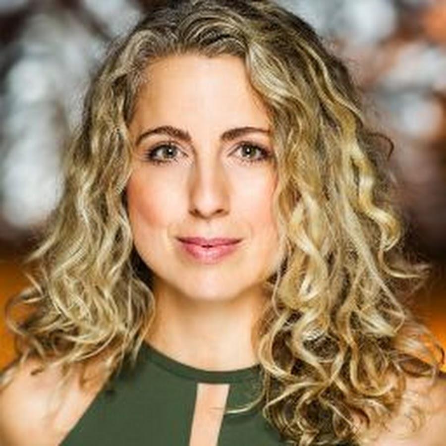 Emmanuelle Zeesman