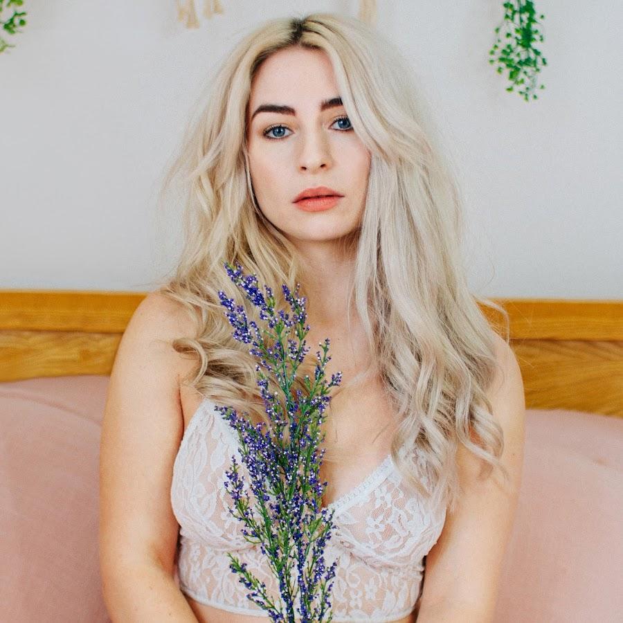 Katie Snooks Youtube