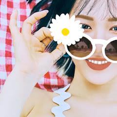 Red Velvet Joy Without Makeup