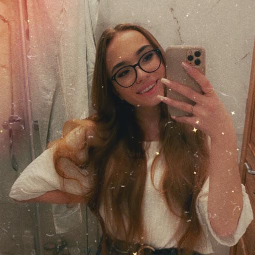 Magda〈3