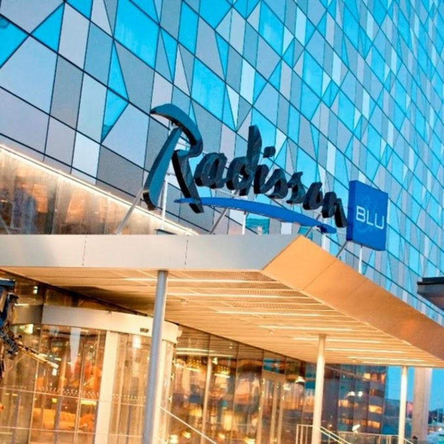 radisson hotel marketing mix
