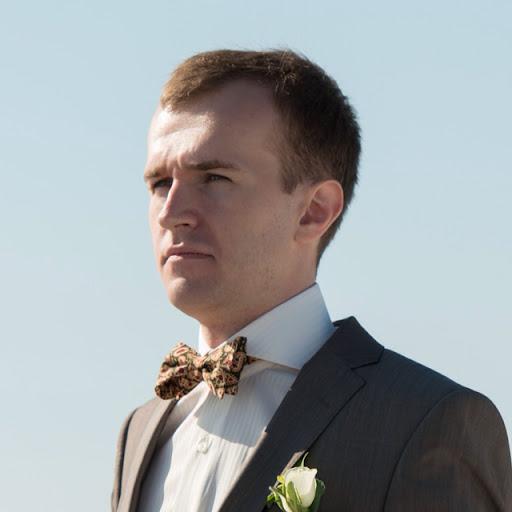 Антон Брешков