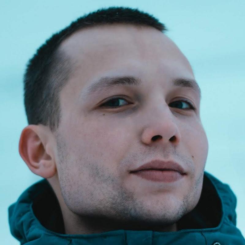 Виталий Блохинцев