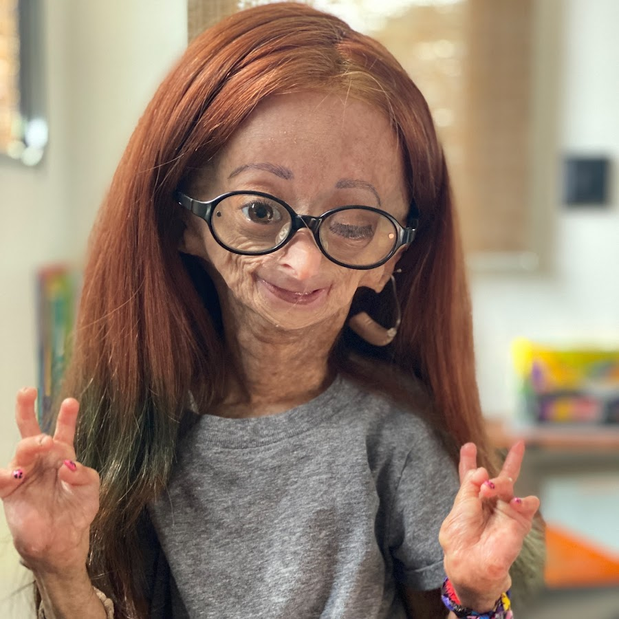 Adalia rose youtube for Cool things to do with roses