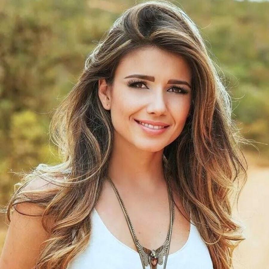 Saiba quais são as cinco cantoras mais bombadas do Brasil no YouTube ... 087ae5c07b