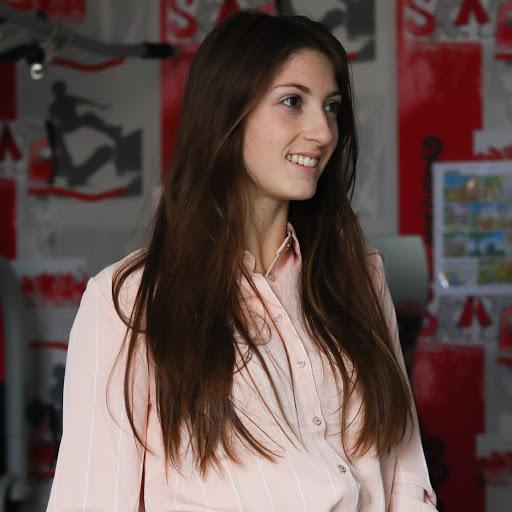 Shaani Avazeri