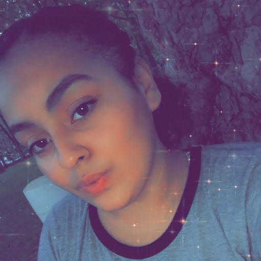 Carly Cruz