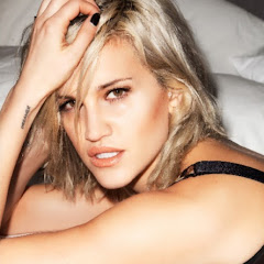Ashley Roberts - Topic