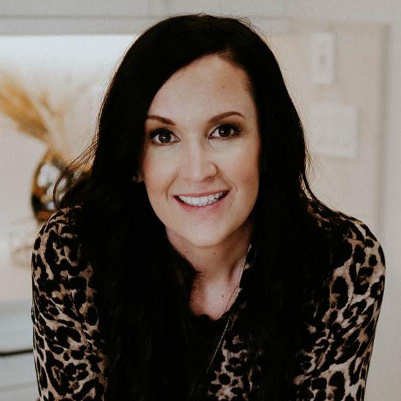Amanda Crowe