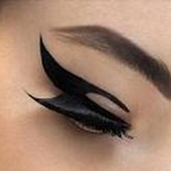 makeupology100