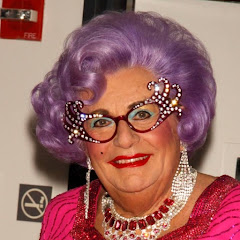 Barry Humphries - Topic