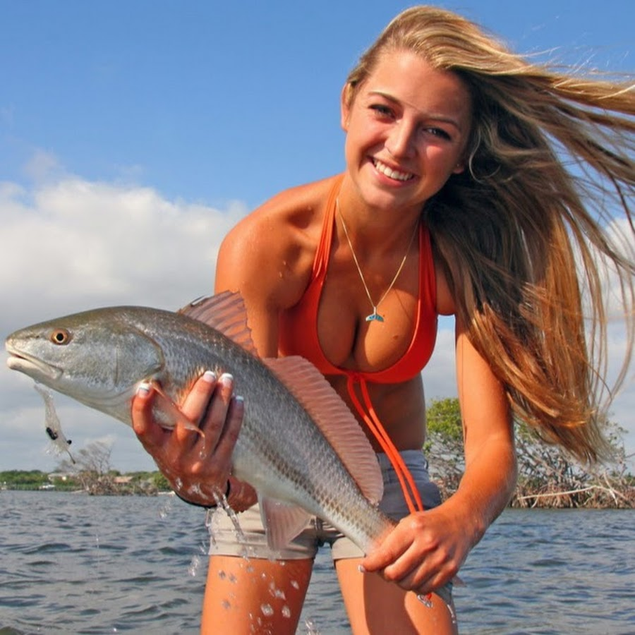 Девки на рыбалке