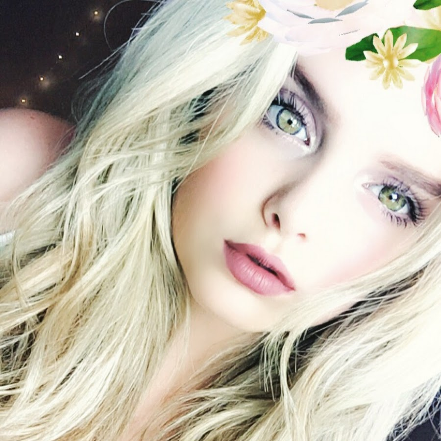 Mia Diaz - YouTube