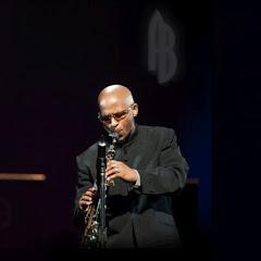 Alfonzo Blackwell - Topic