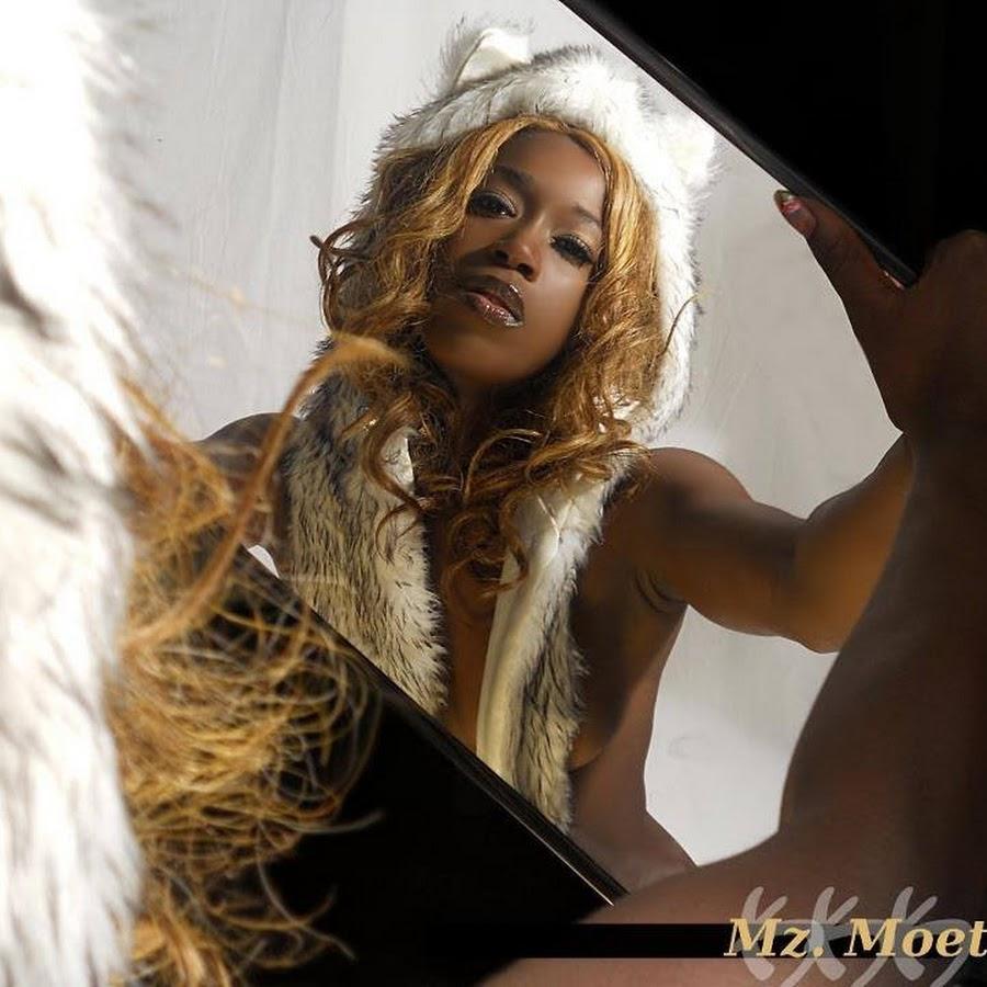 Diamond Monroe Nude Photos 36