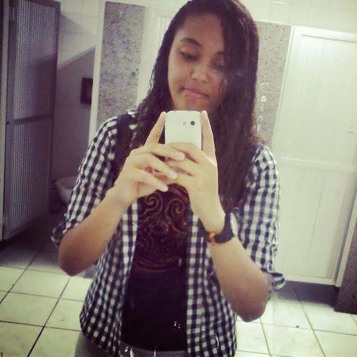 Aline Bahia