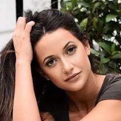 Roxie Nafousi