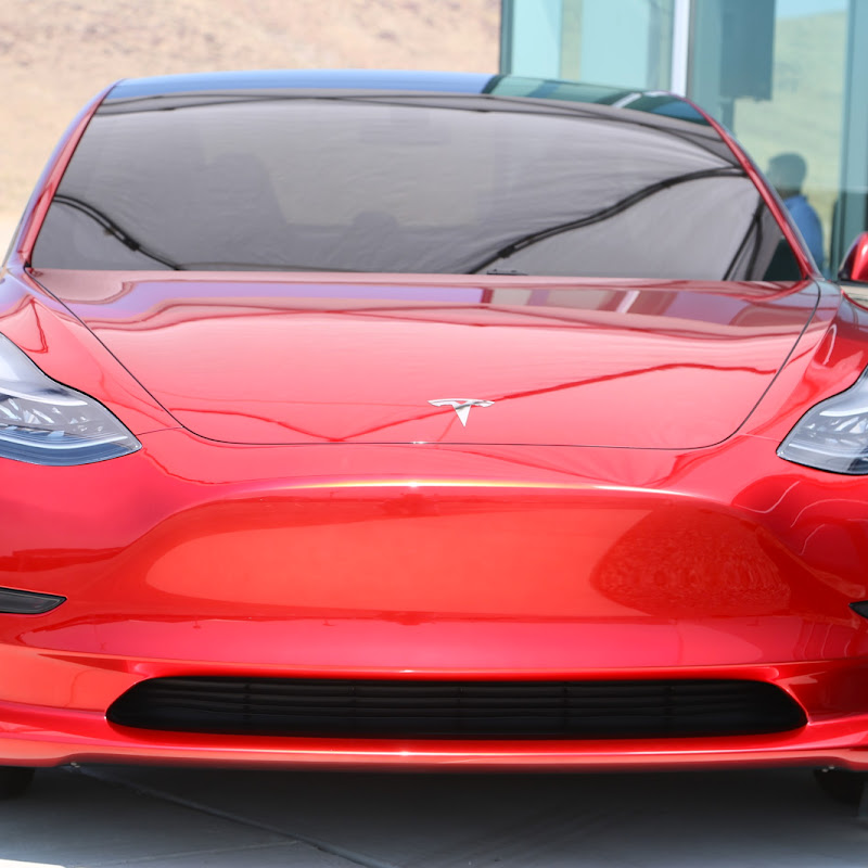 New Tesla Roadster 2020 Unveiled by Elon Musk - 2017-11 ...