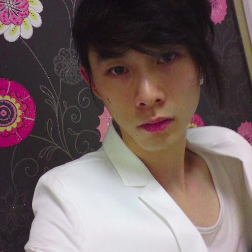 Chih-Wei Chang
