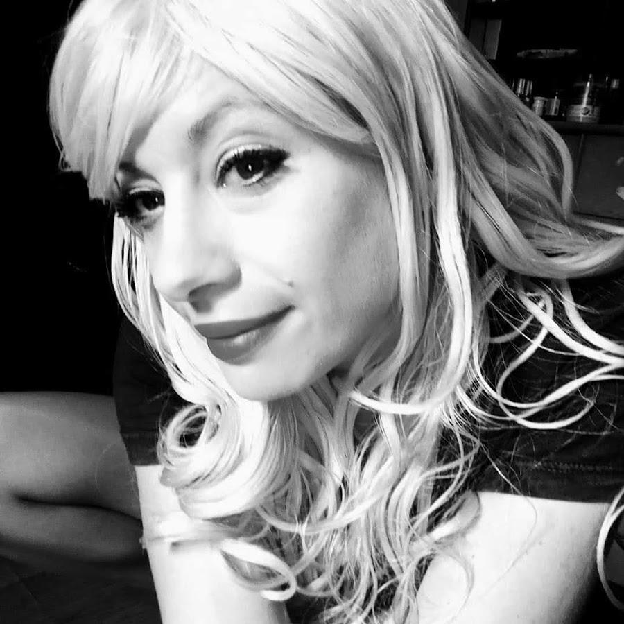 Jacqueline Suzanne - YouTube