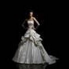 1067a308e9 Menyasszonyi Ruha Kölcsönző
