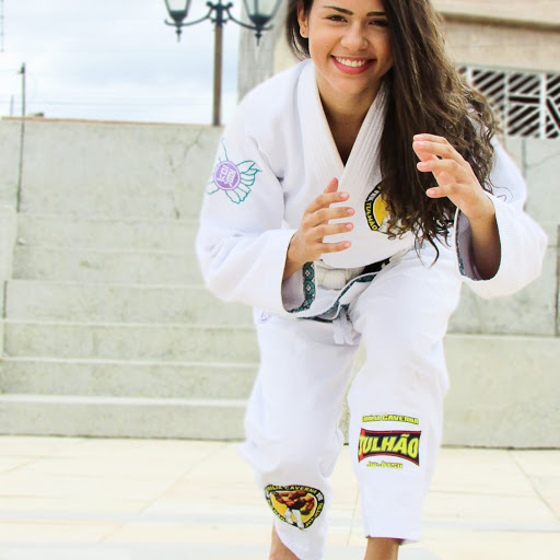 Isabela Machado