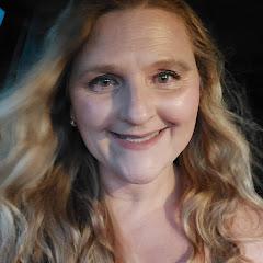 Angela Condo