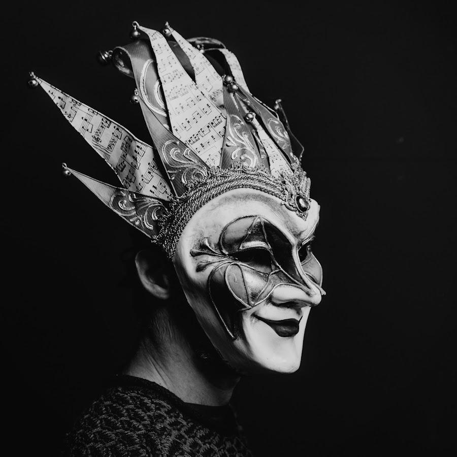 Boris Brejcha Maske