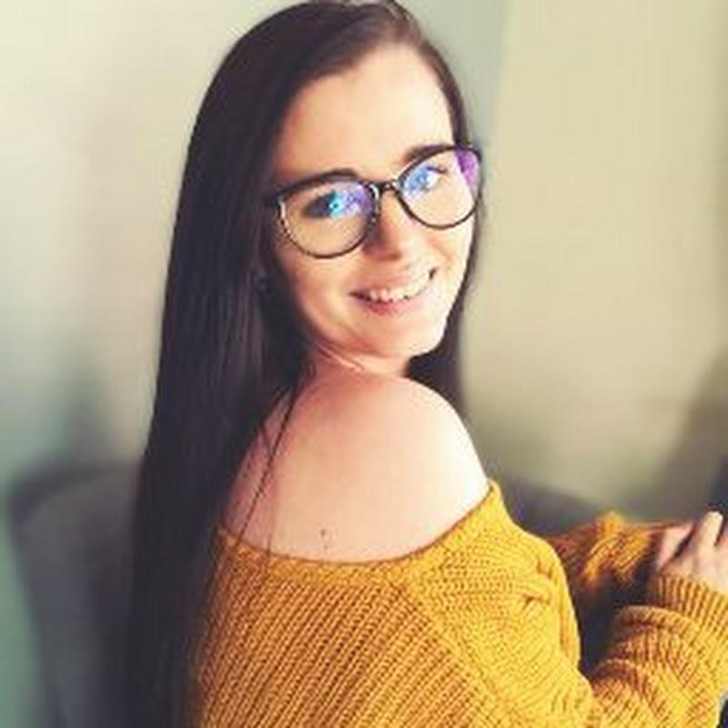 Sarah Dee