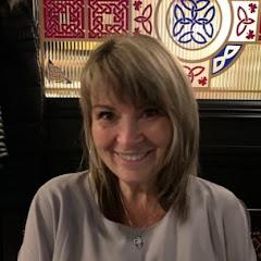 Elaine Bloom
