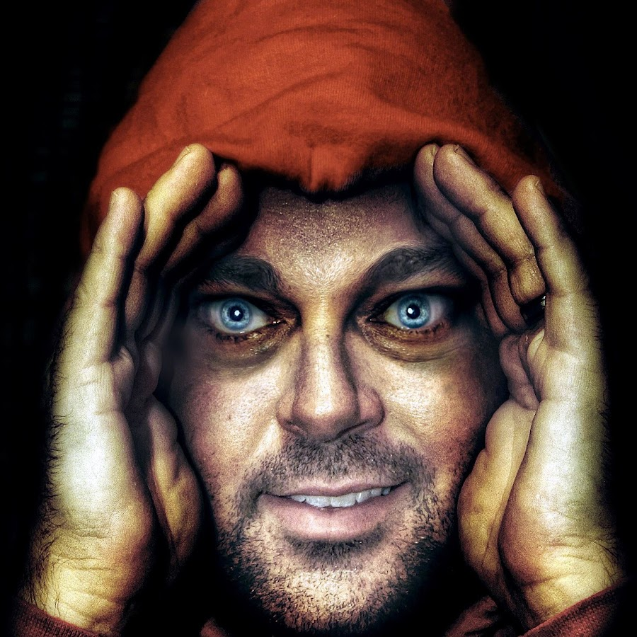 Scary Peeper - YouTube