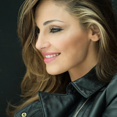 Anna Tatangelo - Topic
