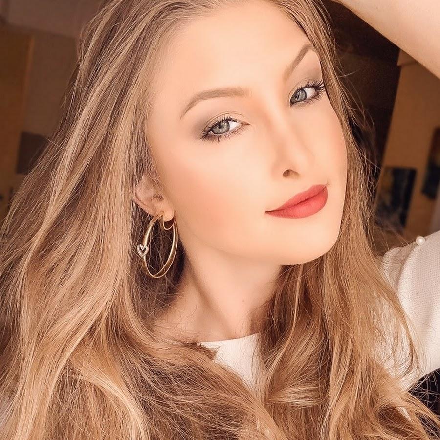 Vanessa Wonsovicz ~ Vanessa W YouTube