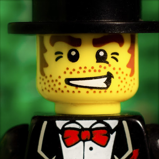 Loïc the Classy Villain with a Top-Hat
