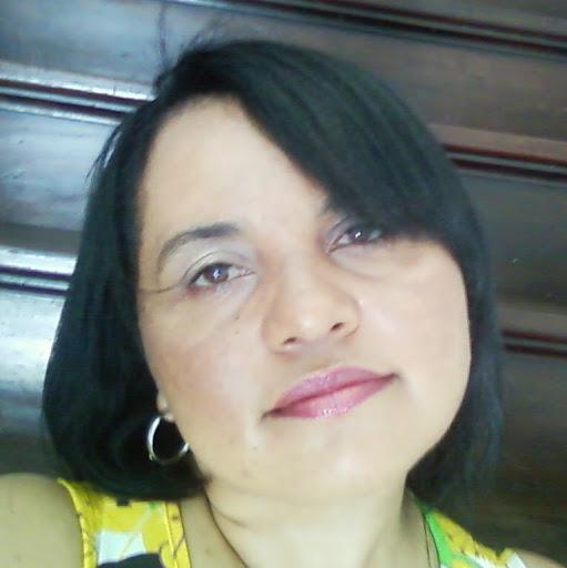 Olívia Santos