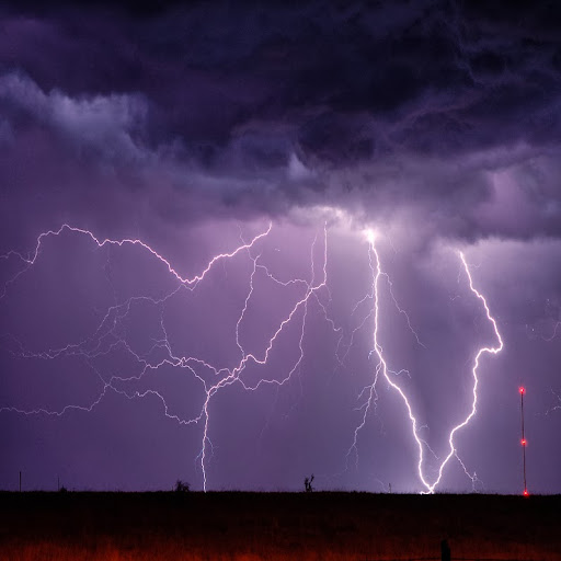 Scott McPartland - Extreme Weather Photography