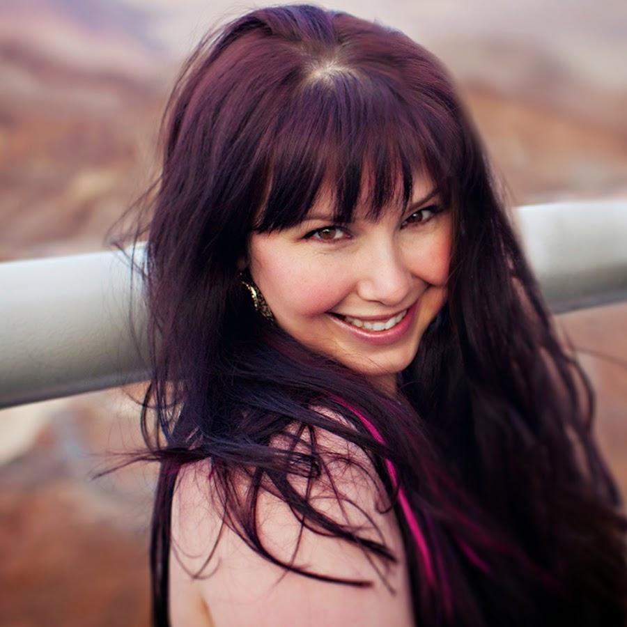 Stephanie Moore Nude Photos