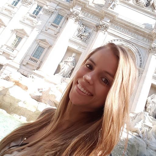 Amanda Lima Camello