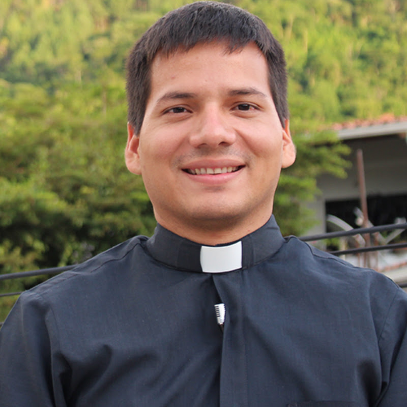 Padre Marcos Galvis