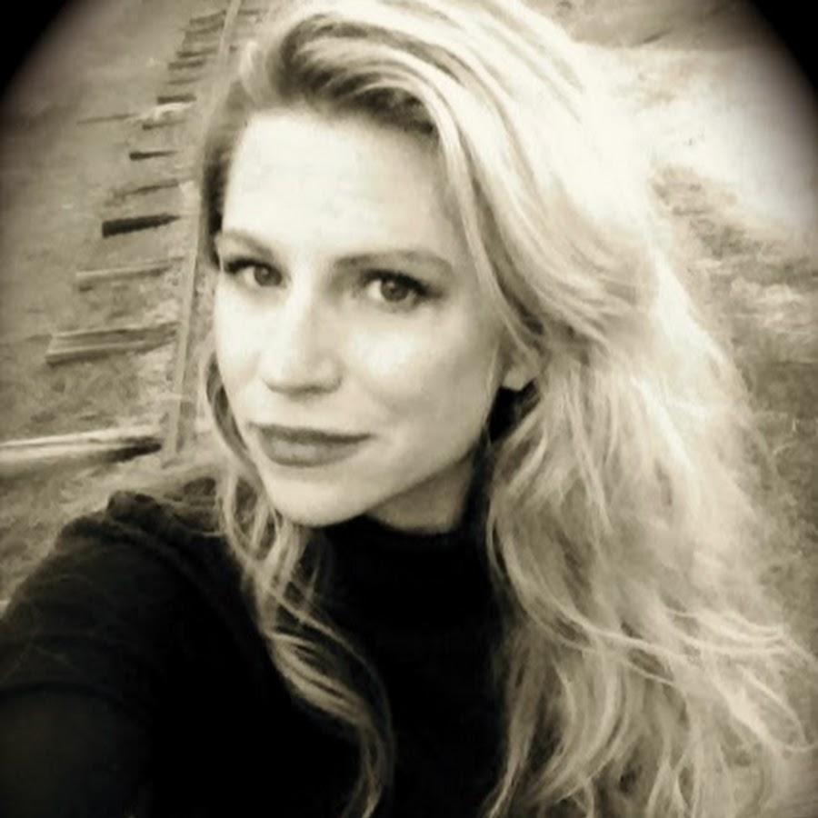 Laura Ingraham: Laura Ingram Semilian