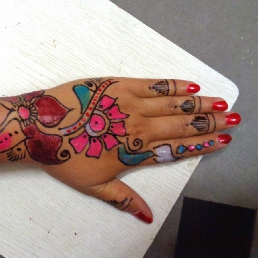 Mehndi Designs & Nail Art