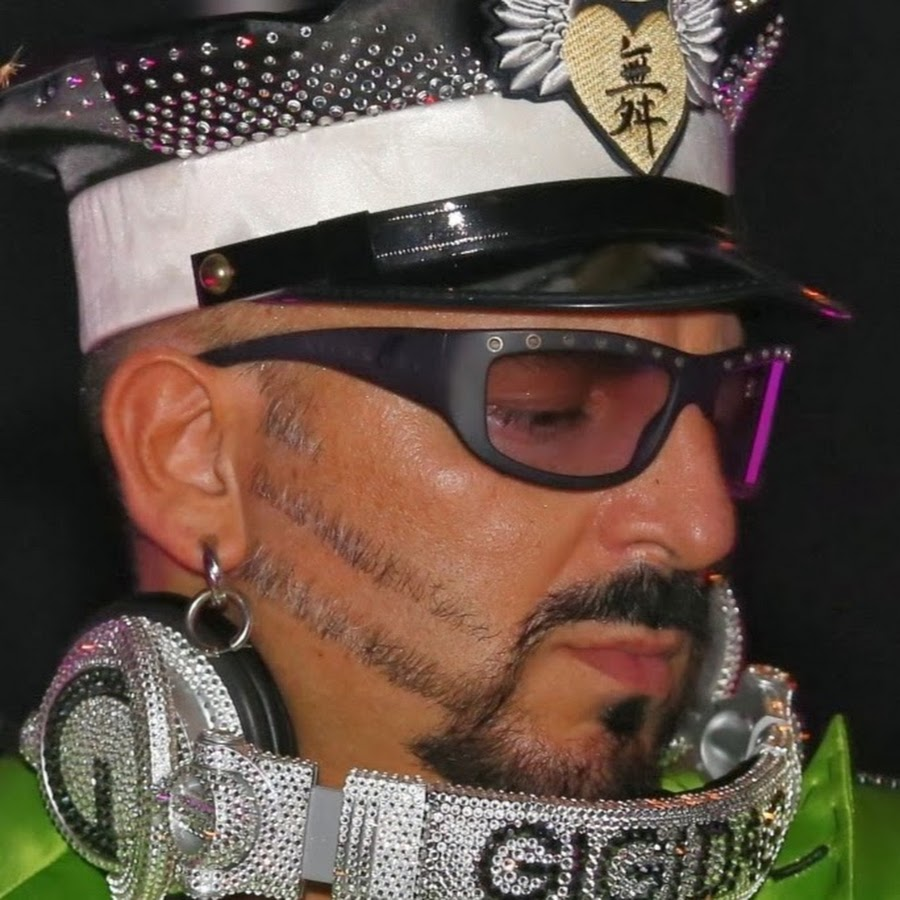 Gigi D'Agostino - YouTube