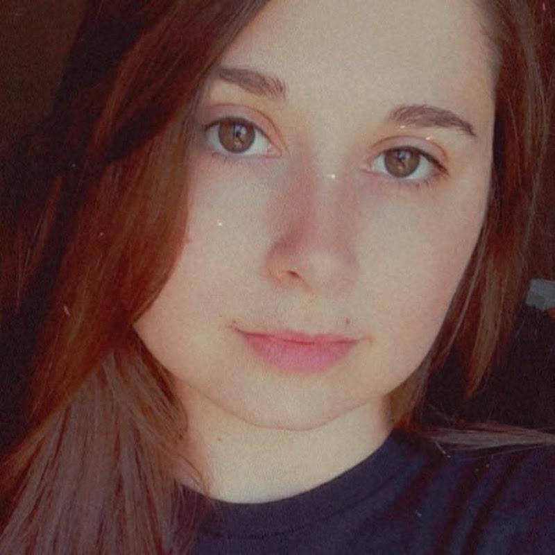 Alyssa Marie - Your Intuitive Reader