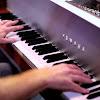Piano - Topic