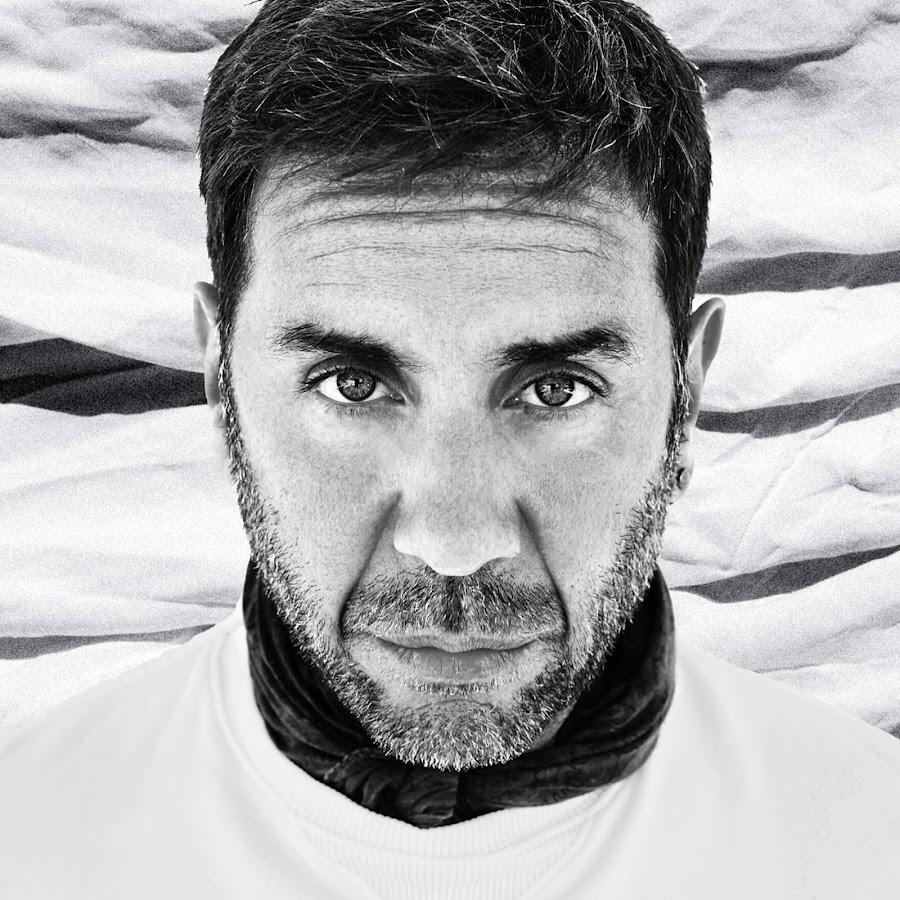 Giorgos Mazonakis - YouTube 6b4c501a154