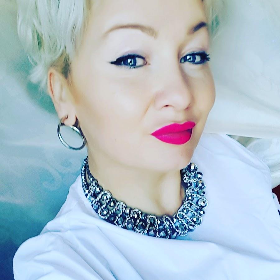 Janina Italianstyle Gaming Youtube